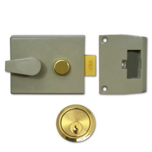 UNION UNION 1028 Non-Deadlocking Nightlatch 60mm Champagne Gold Case - Brass Cylinder